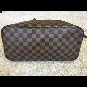 Louis Vuitton Bags - Authentic preowned lv Neverfull MM DE